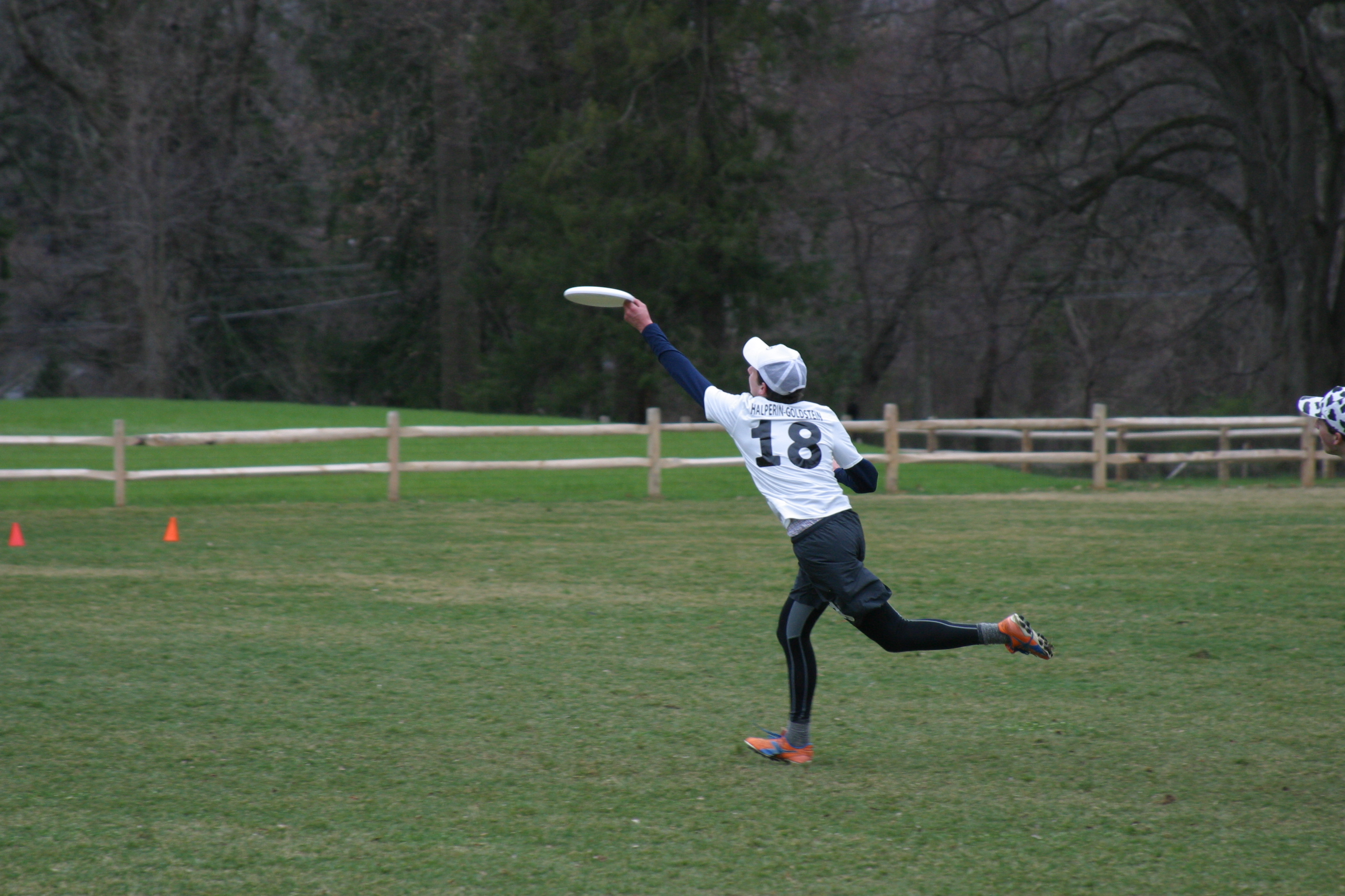 Gabriel Halperin-Goldstein '19 makes an impressive catch