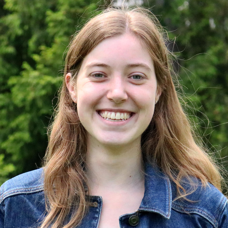 Ellen Schoder '19, Associate Editor